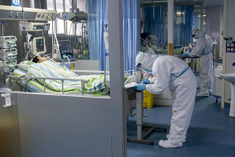 疫袭黄冈:从确诊到住院,短缺不止武汉