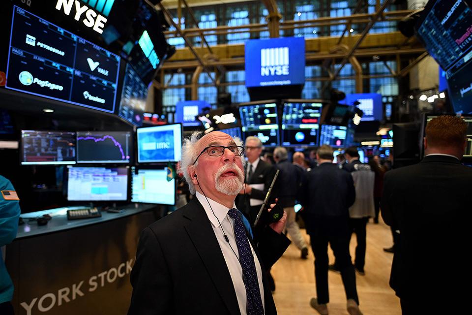 道指創33年來最大跌幅,美聯儲為何難救市?