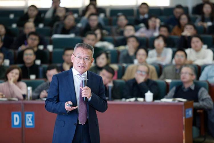 """銅陵市長回應經濟數據""""擠水分"""":不想讓后任為難"""
