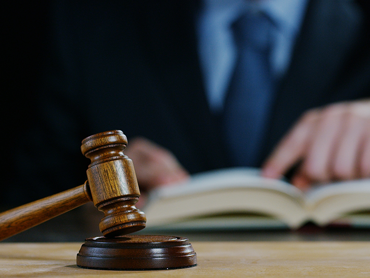 """检察官""""受贿不办事""""论背后:来自最高法的""""诉讼掮客"""""""