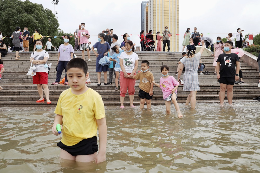实录洪峰过境武汉前后9天的市民