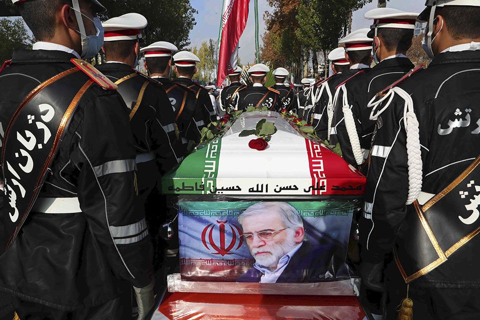 """刺杀为何屡屡针对伊朗?伊朗核科学家""""生死劫"""""""