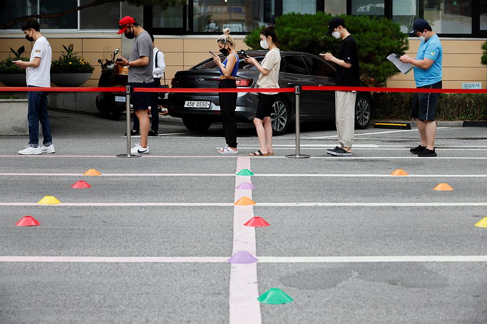 """独居人口年增近百万, 韩国""""低欲望社会""""依旧无解?"""