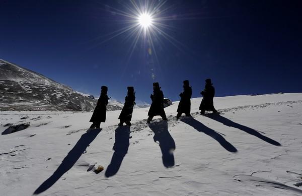 西藏公安边防部队一线执勤见闻1