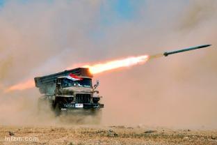 题图_叙利亚举行实弹军演1