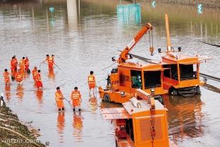 题图_12北京暴雨36小时1