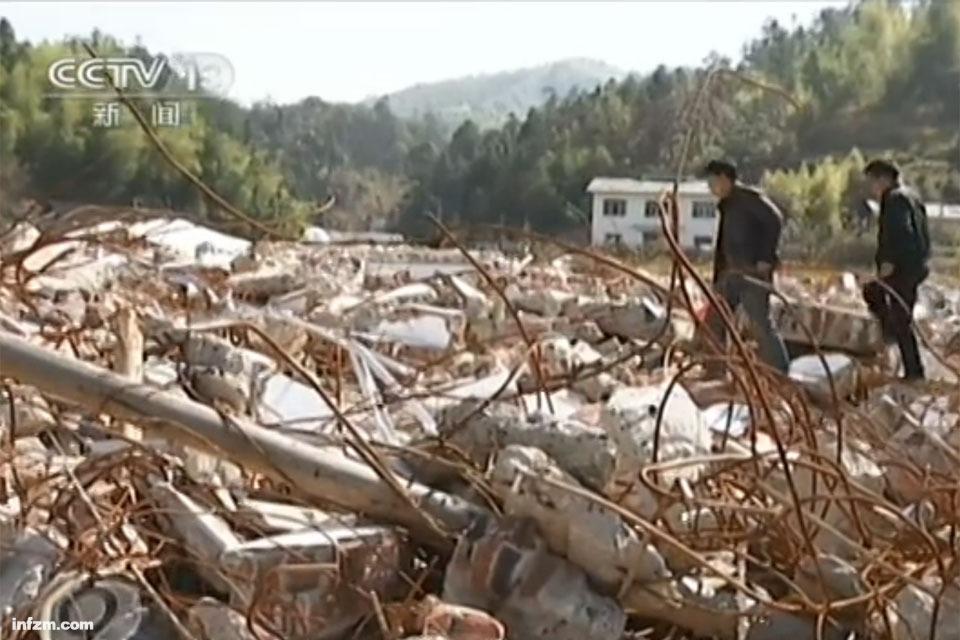 配图-湖南希望小学为百亿项目腾地被拆