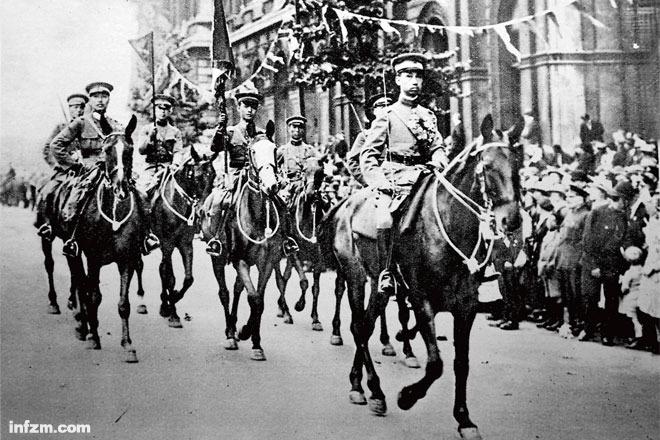 28伦敦一战胜利大阅兵中的中国军事代表团