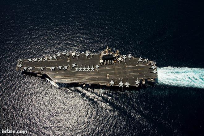 美国直升飞机掉入南海