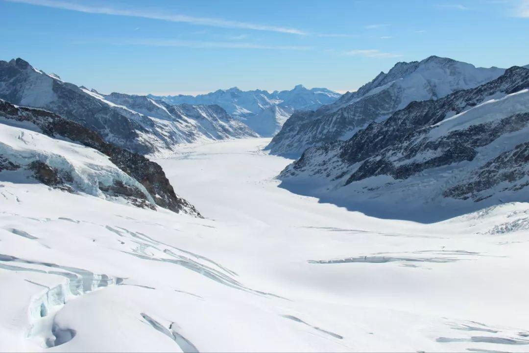 壯麗而寂靜的阿萊奇冰川。新華社記者聶曉陽攝