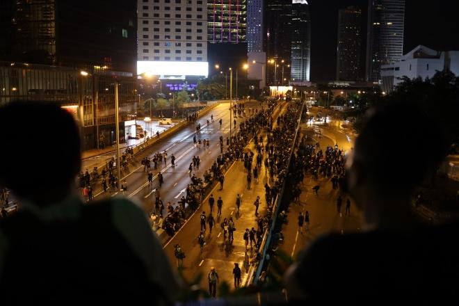 """直击香港""""七月以来首个平静周末"""""""