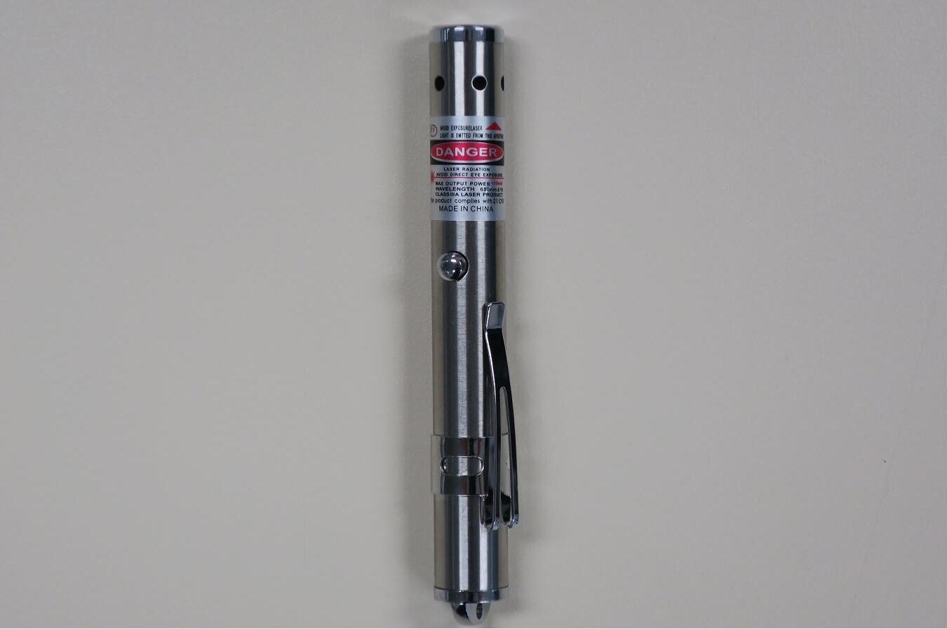 香港海关查获一批疑似不安全激光笔