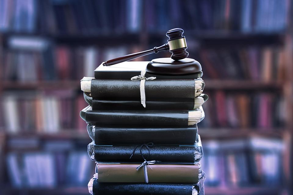 唐雪反杀案是否算正当防卫,有待云南省检察院阅卷审查