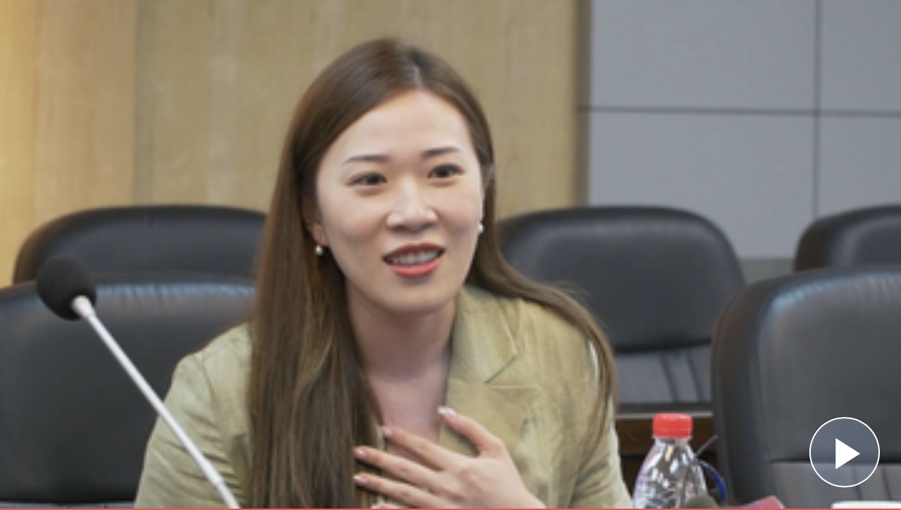 90后香港女孩到贵州扶贫,称香港未来不靠打砸靠打拼