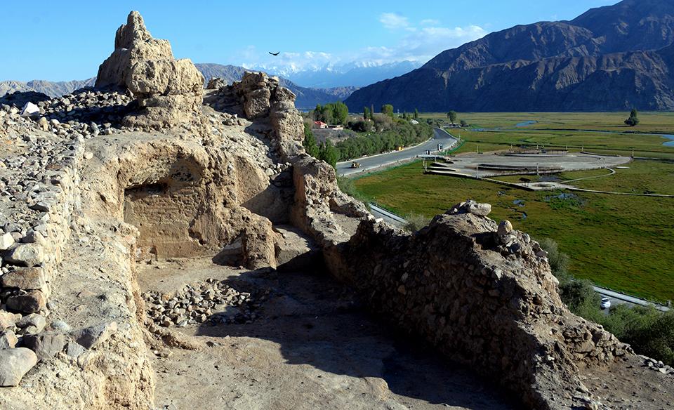帕米尔高原有座千年石头城
