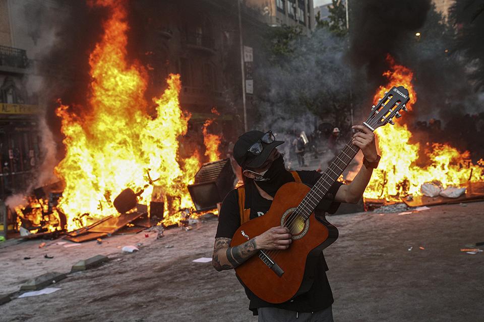 """07 智利骚乱,新自由主义""""背锅""""?.jpg"""
