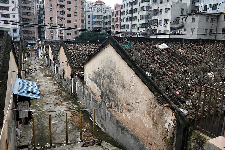 在深圳最大城中村消失前,寻访白石洲的沧海桑田