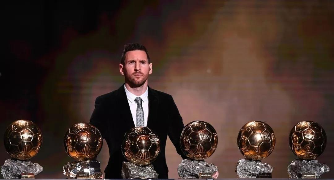 六夺金球奖梅西成历史第一人,珍惜他的每一场比赛吧