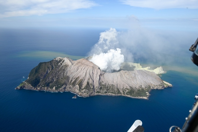 每日壹图:新西兰|怀特岛火山仍有再次喷发可能