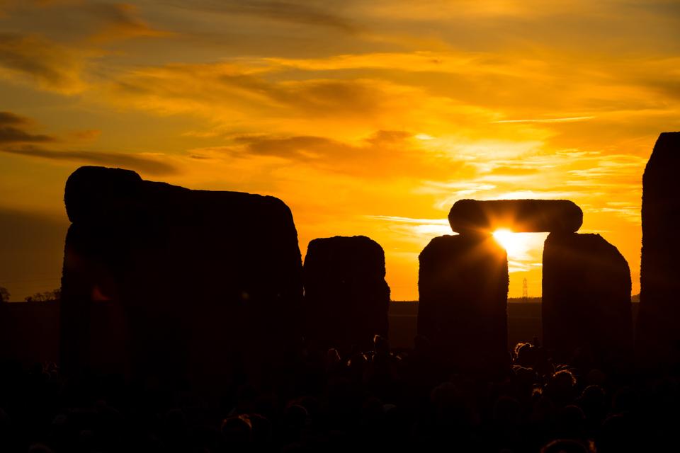 瞬间一周丨年度唯一一次日环食现身天宇