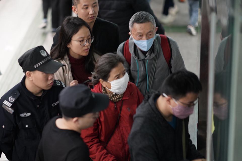 如何说服老年人戴上口罩,对疫情防控很重要
