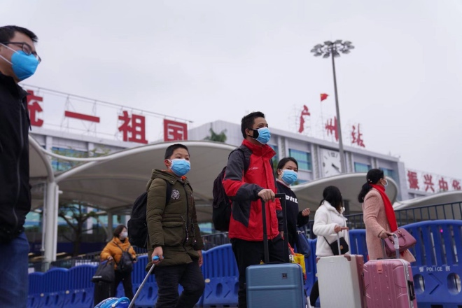 外地务工人员陆续回到广州。