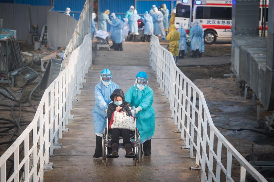 火神山医院接收首批新冠肺炎病患