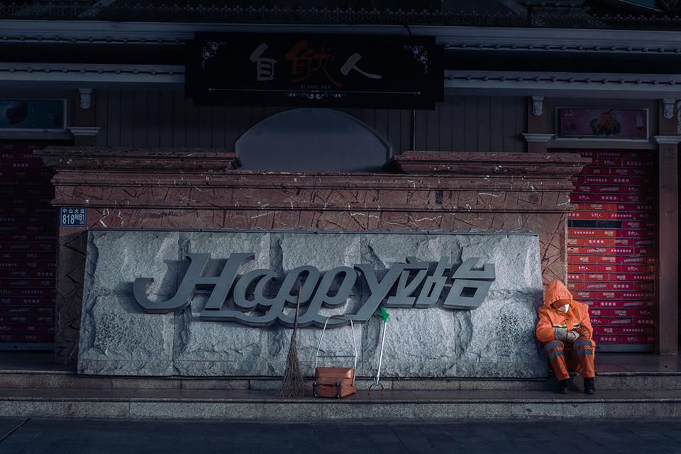 15 电影摄影师镜头下的『空城』武汉2.jpg