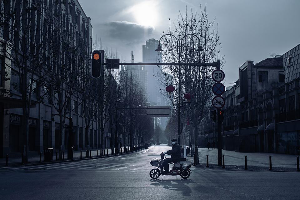 15 电影摄影师镜头下的『空城』武汉1.jpg