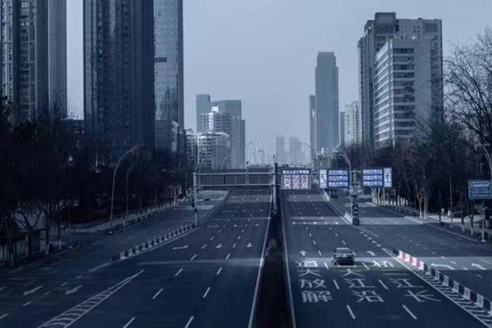 15 电影摄影师镜头下的『空城』武汉3.jpg