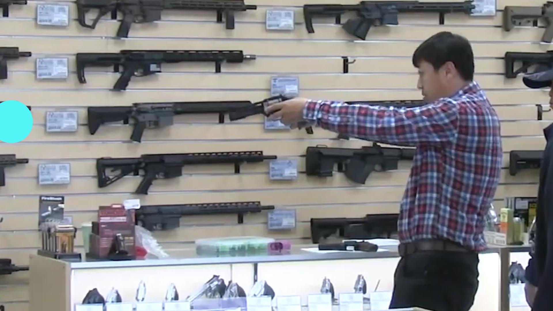 在美华裔扎堆囤积枪弹,防患于未然