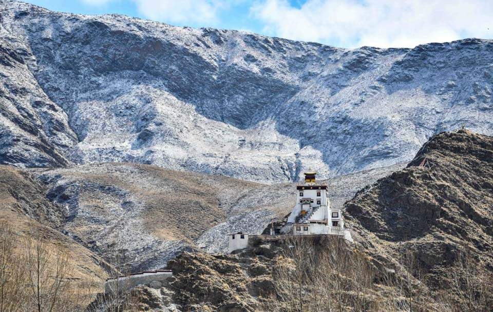 雍布拉康:西藏第一座宮殿進行維修