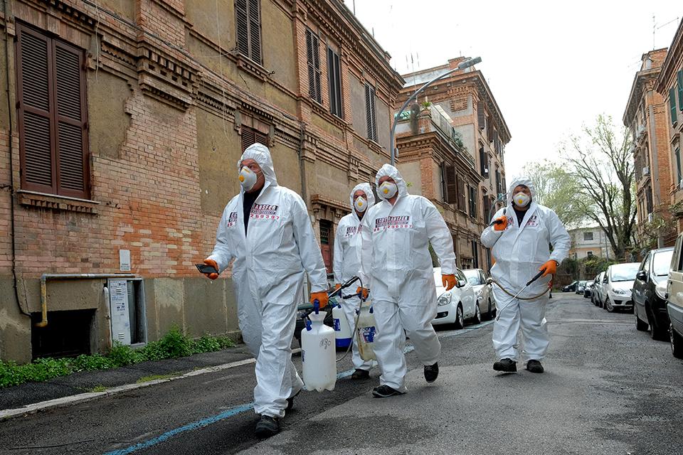 意大利疫情的早期特征:感染人數每2.6天翻一番,死亡病例男性占比70%
