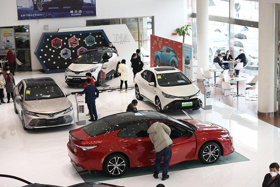 快評|促進汽車消費不能只靠補貼,更需給市場松綁