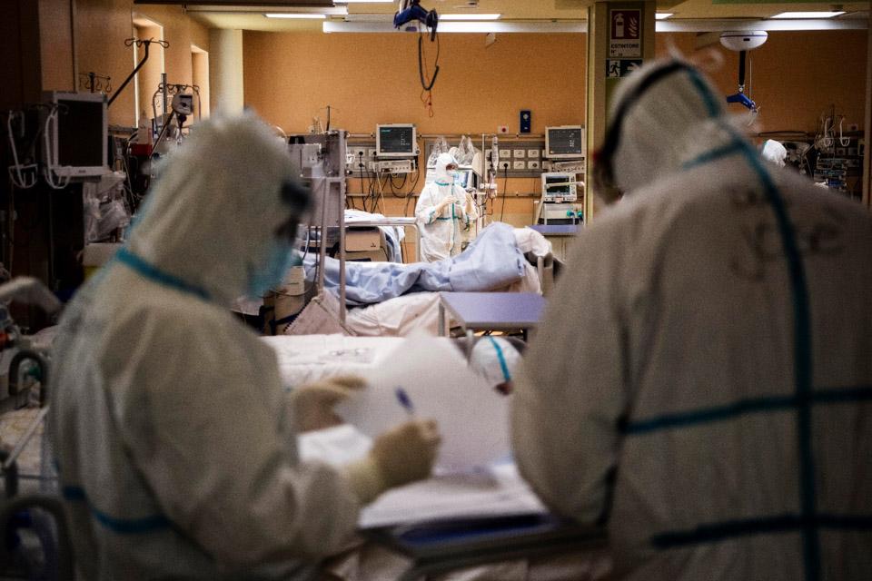 錯過的時間窗口:全球疫情,何以至此