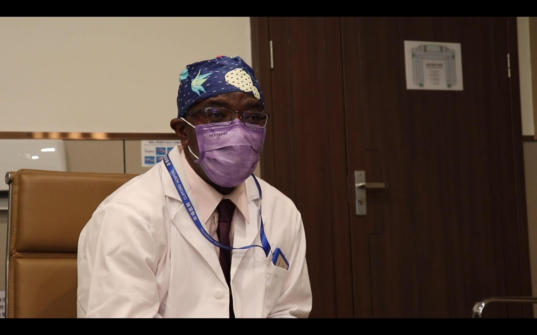 视频 | 在华三十年,这位非洲医生说中国抗疫有四大经验