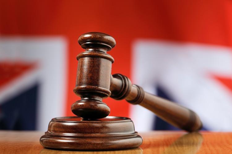 《英国庭辩: 技巧与门道多着呢》专注,冷静,随机应变,是大律师们必备的能力。