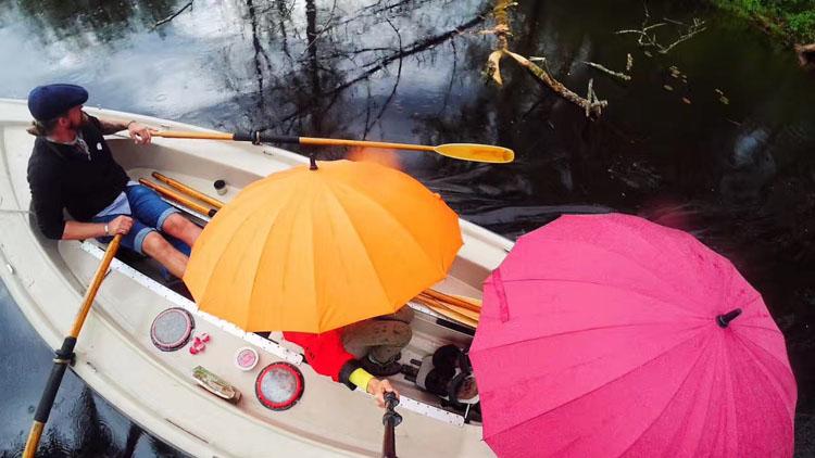 西雅图的小白船,在用乐声发光