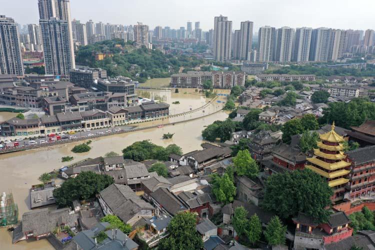 重庆洪水过境,千年古镇受淹