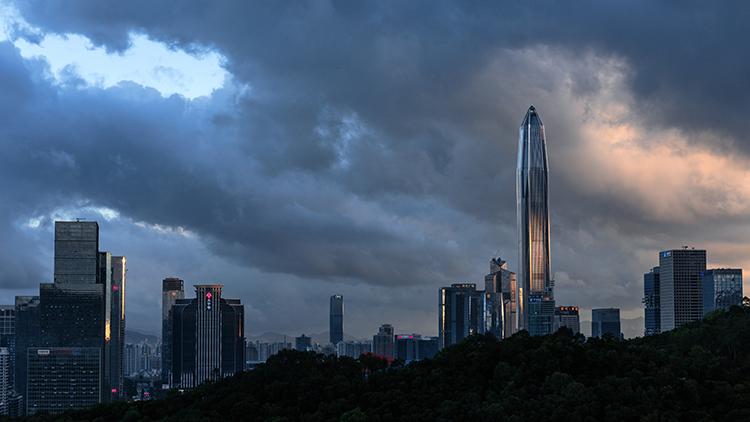15 深圳 40 年和它的世界 500 强1.jpg