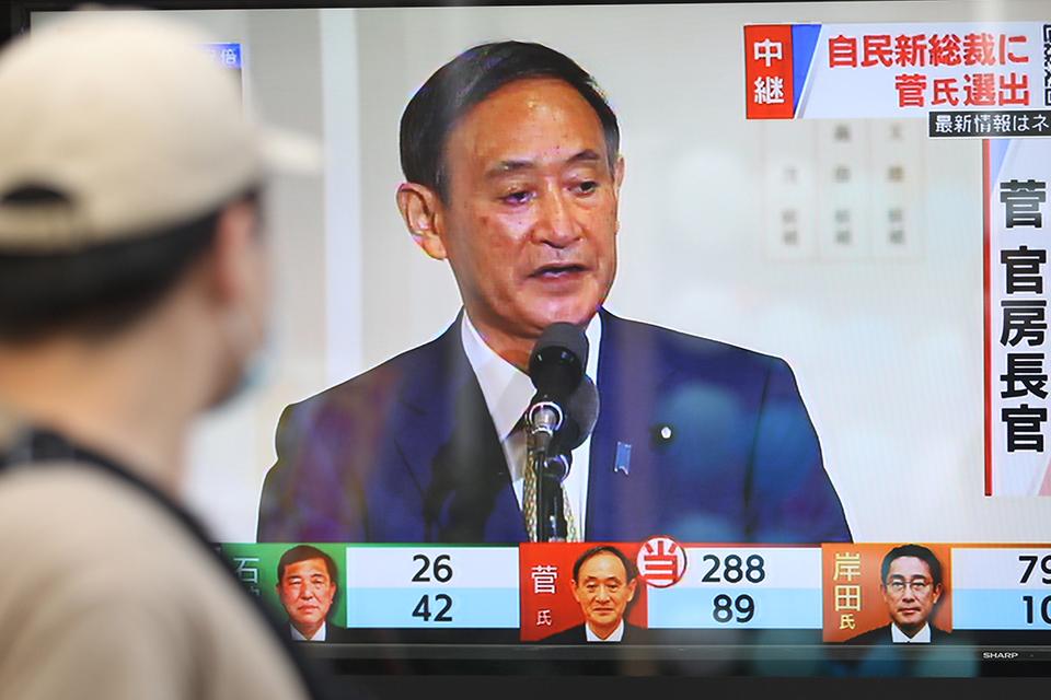 """日本新首相的难题:  """"新愁旧恨""""中,带领日本经济向何处去?"""