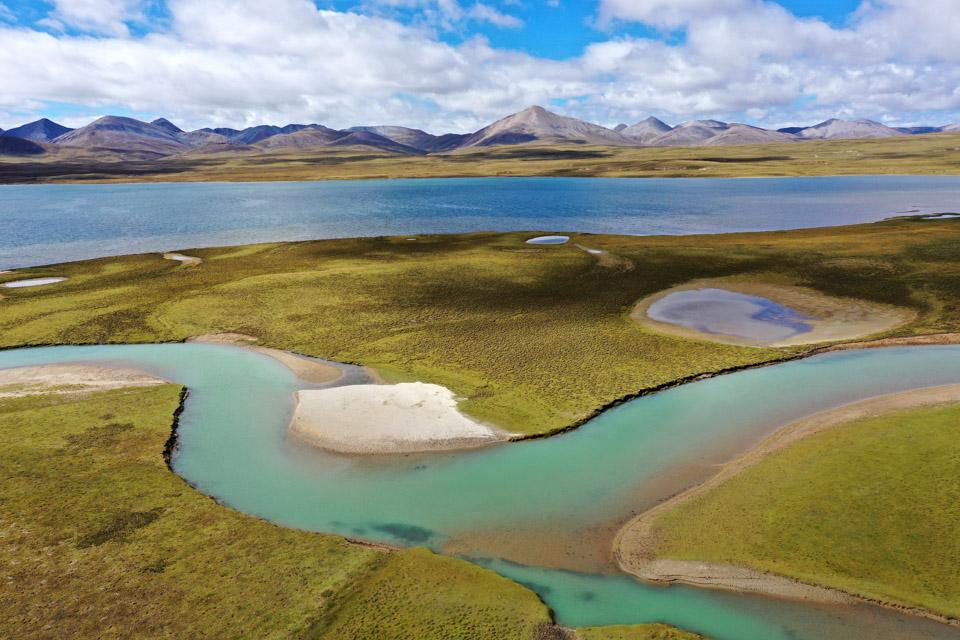 眼睛在旅行丨婀娜多姿的西藏布托湖