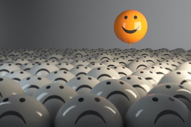"""《文明解碼丨微笑門禁,折射東亞企業文化困境》(圖文無關)企業希望氣氛活躍、員工心態積極,無可厚非。可是,對員工進行""""表情管理"""",顯然超出了佳能的業務范圍。"""