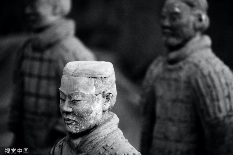 《崇拜雄才大略的皇帝,是傳統文化嗎?》圖為秦始皇兵馬俑。