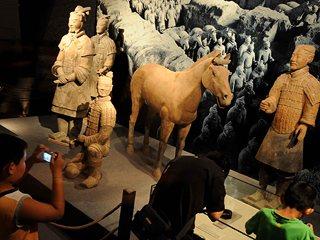 中国55家博物馆镇馆之宝齐聚首博_幻灯