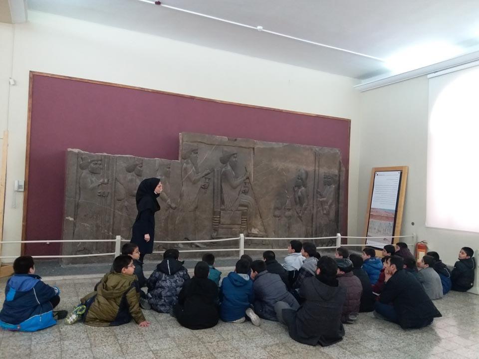 讲述古代童话的地方  ——记伊朗国家博物馆