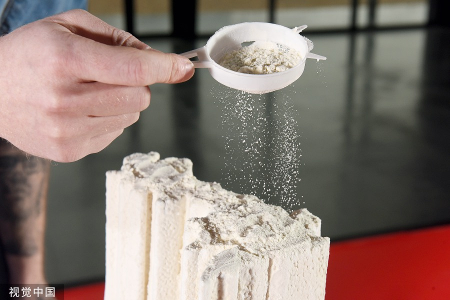 懷伯恩表示,看到統計數據以面粉的形式堆積如山,讓人觸目驚心。