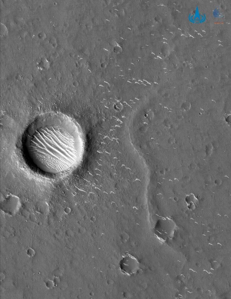 瞬間一周丨航天局發布高清火星影像圖