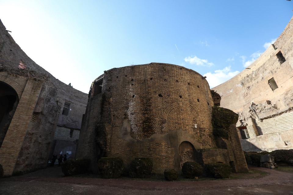 意大利一古墓首次對公眾開放
