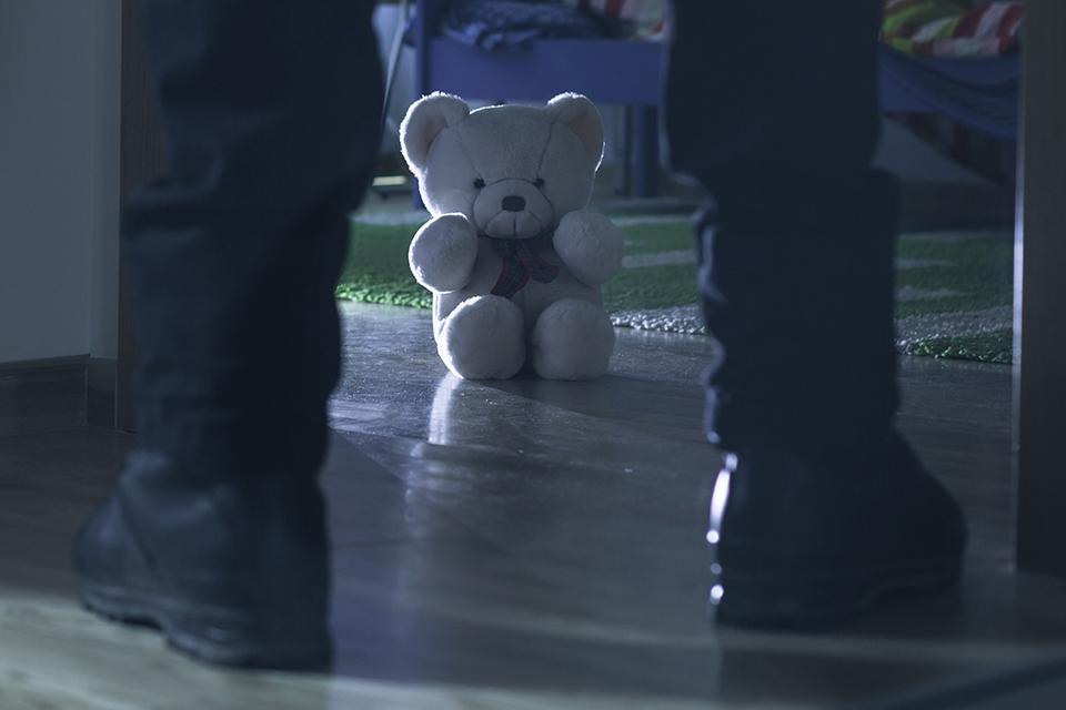 快評|醫生報告10歲女孩被性侵終致罪犯服伏法,強制報告制度顯威力